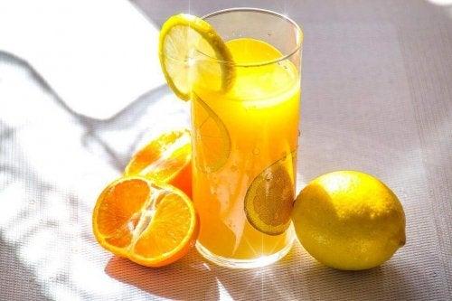 mandalina limon meyve suyu