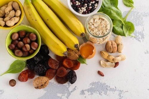 meyve kuru yemiş sağlıklı yiyecekler