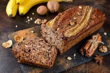 Bu Harika Ballı Tarçınlı Muz Ekmeğini Deneyin