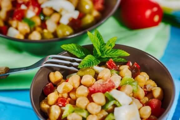 domatesli nohutlu salata