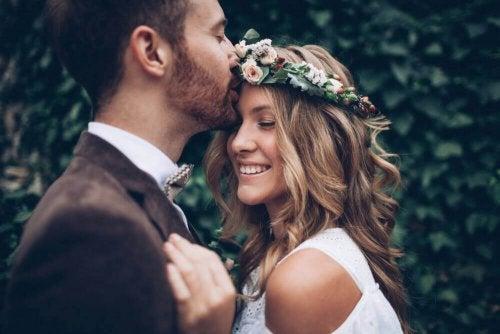 Mutlu Bir Evlilik Nasıl Sürdürülür