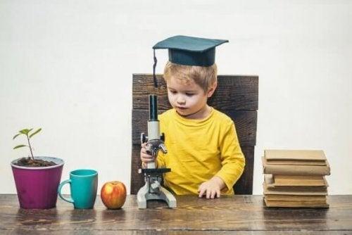 Bir Çocuğun Yetenekli Olduğu Nasıl Anlaşılır?