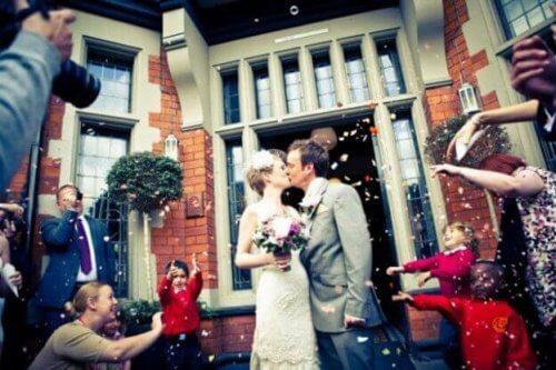 mutlu bir evliliği sürdürmek