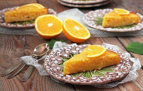 5 Dakikada Hazırlanabilen Ev Yapımı Portakallı Kek