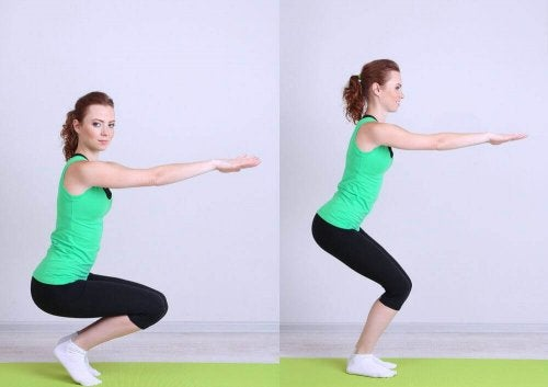 squat yapan kadın iki aşama