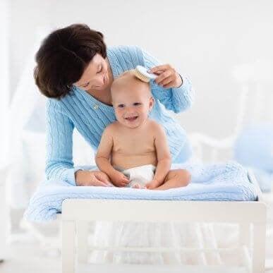 Bebeğinizin Saç Bakımı İçin 5 Öneri