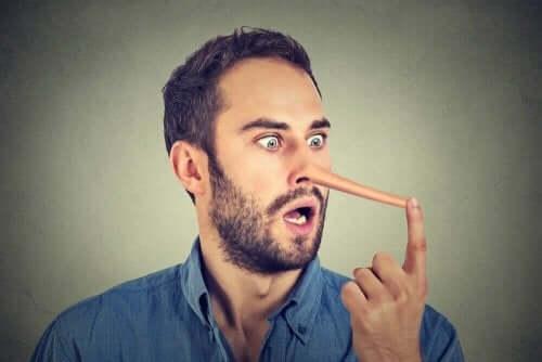Yalan Söylemek: Kandırıldığınızı Anlamanın Yolları