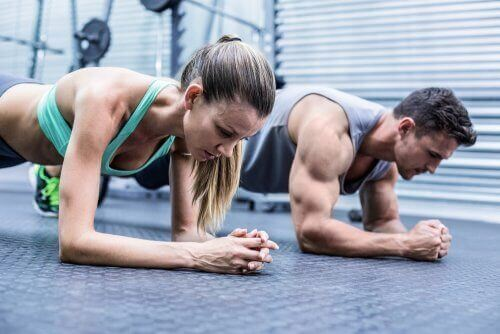 Çok Egzersiz Yapmaktan Kaynaklı Kas Ağrısı