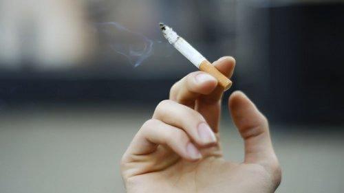 gastriti kötüleştiren sigara