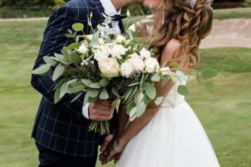 yeni evli çift