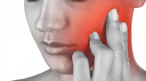 Çene ağrısının sebepleri