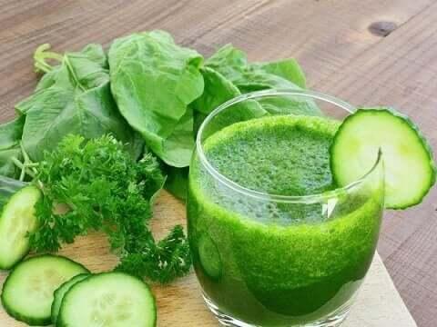 sağlıklı yeşil smoothieler