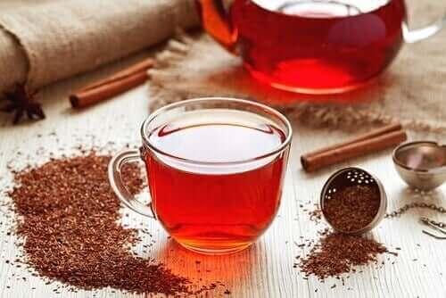 bir fincan rooibos çayı