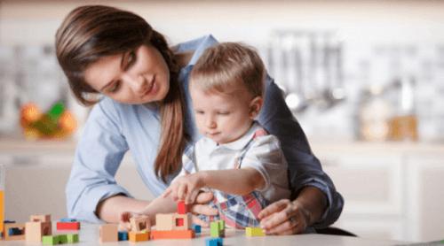 Çocuk Bakıcısı Nasıl Seçilir: Mükemmeli Bulmak İçin 6 İpucu