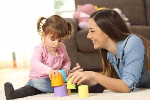 çocuk bakıcısı ve küçük kız