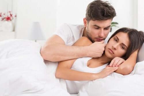 çift yatak mutsuz kadın cinsel zevk