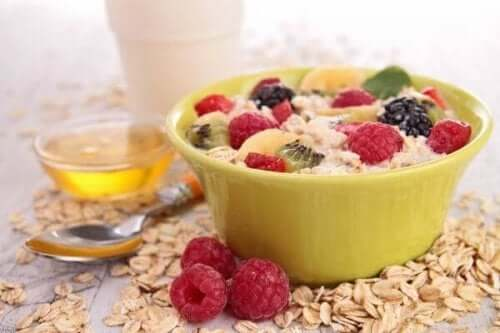 5 ways to lower cholesterol at breakfast