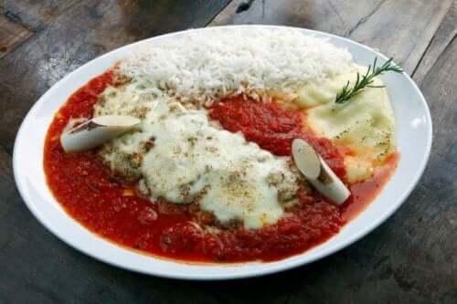 parmesanlı et yemeği tarifi dana eti ve parmesan