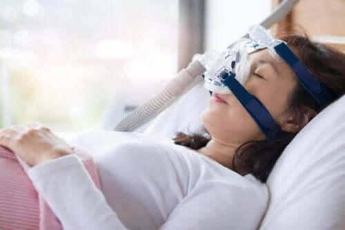 Uyku Apnesi Semptomları ve Tedavisi