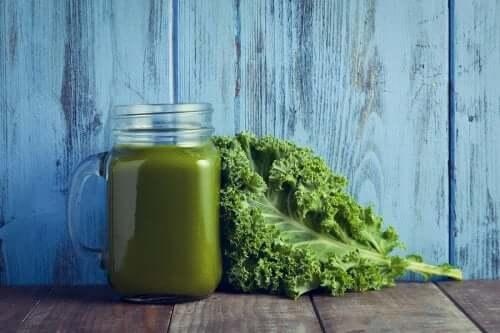 Ispanak ve Karalahana Çorbası: Vitamin Deposu