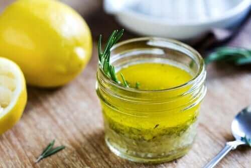 limon suyu zeytinyagi karisimi