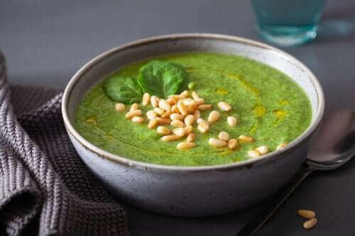 Yeşil mısırlı çorba
