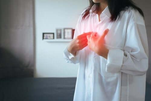 Gastroözofajiyal Reflü Hastalığı: Semptomlar ve Tedavi