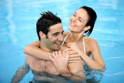 havuz çift