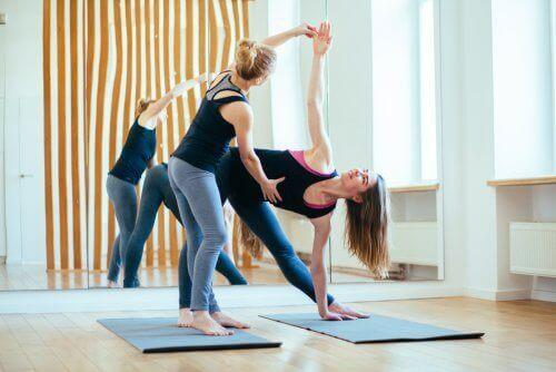 yoga kadınlar farklı egzersiz