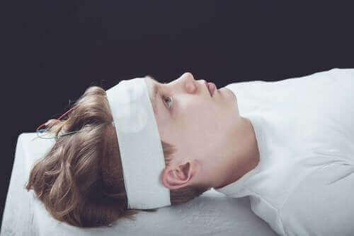 Beyin Sarsıntısı: Semptomları, Tanı ve Tedavisi