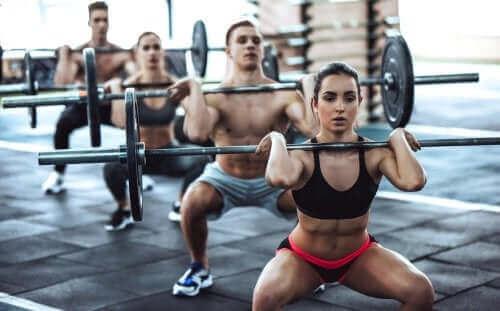 CrossFit'in Riskleri ve Faydaları: Bilmeniz Gerekenler