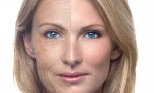 Yüzü ikiye bölünmüş, bir tarafı kırışık bir tarafı pürüzsüz olan bir kadın.