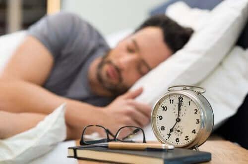 Bu Sağlıklı Uyku Alışkanlıkları ile Uyku Kalitenizi Artırın