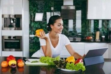 Akşam Yemeğini Atlamak Kilo Verdirir mi?