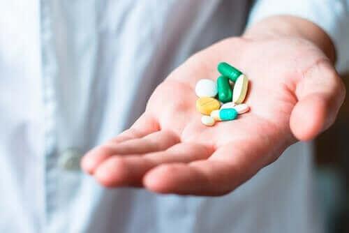 Çeşitli hasta grupları amlodipin kullanırken dikkatli olmalıdır.