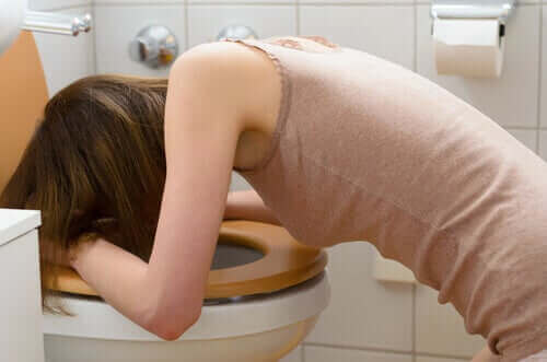 tuvalete kusan kız ve diabulimia