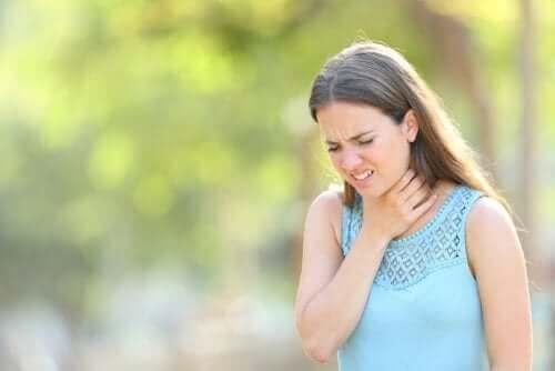 Boğazınızdaki Aşırı Mukus Üretimi İçin Tedavi