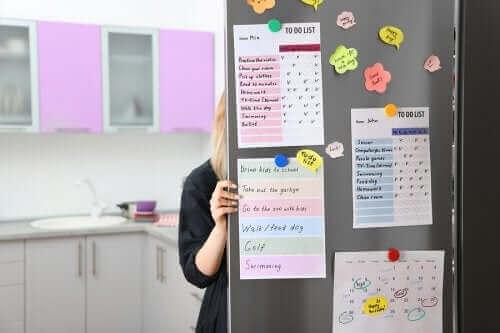 Mutfağınız için Organizasyon Tahtası Nasıl Yapılır