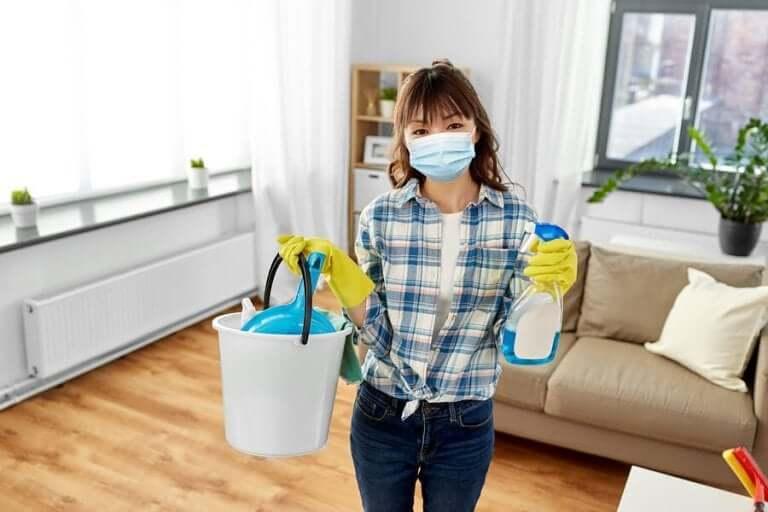 Koronavirüs: Evinizi Temizleme ve Dezenfekte Etme Önerileri