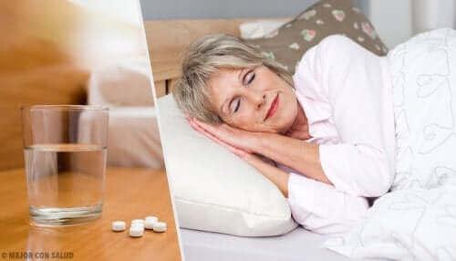 uyku ilacı ile uyuyan kadın