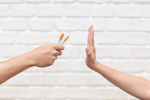 sigara içmek istemeyen insan