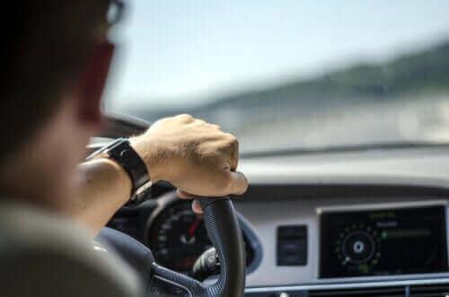 Çok Kullanılan ve Araba Sürmeyi Etkileyen İlaçlar