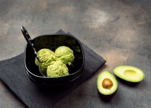 Avokado Sosu Nasıl Yapılır