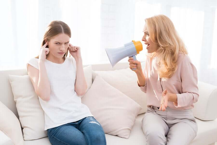 Bağırmak ve Çocuklar Üzerindeki 5 Olumsuz Etkisi