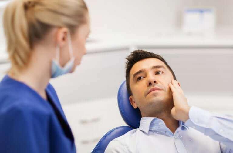 diş doktoruna giden adam