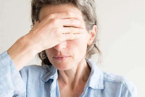 Menopoz Sırasında Göz Kuruluğu
