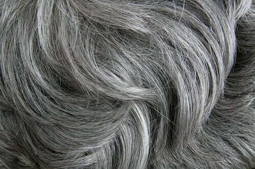 Stres Beyaz Saç Oluşumuna Yol Açıyor
