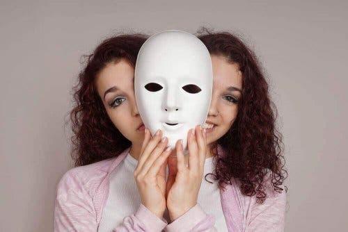 Bipolar bozukluğu olan kadın.