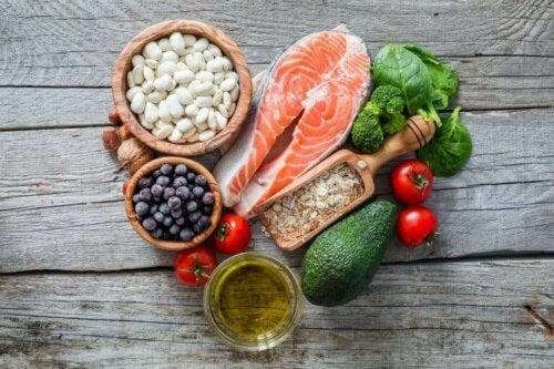 İskandinav diyeti bileşenleri ve Akdeniz diyeti