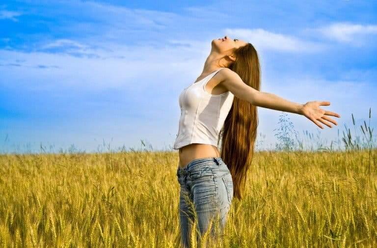 Her Kadının Benimsemesi Gereken 4 Kendini Sevme Alışkanlığı